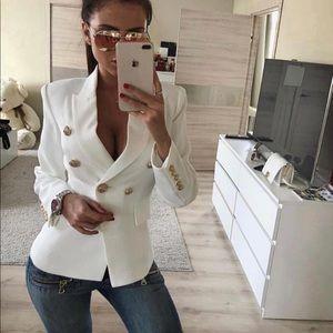 White jacket in Balmain style,no tags no brand